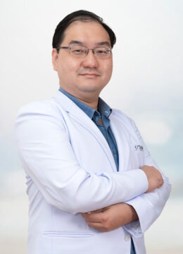 DR-SURAGIT-PORNCHAI-01