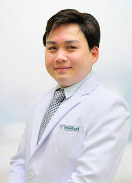 DR_CHAIWAT_PIYASKULKAEW-01