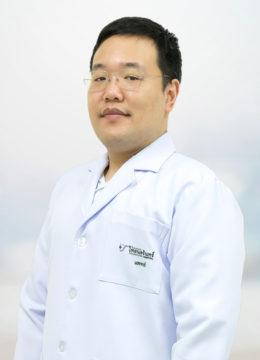 DR_Rutti_Chumthong-01